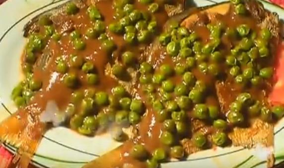 鲜豌豆烧平鱼