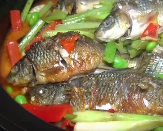 土煮稻花鱼